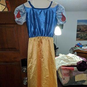 Snow White dress/costume